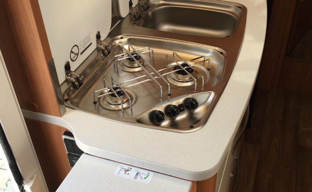 Ablagefläche Küche Hymer M-LT 580