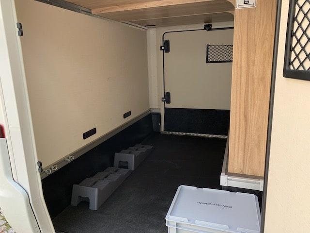 Gepäckraum und Garage im MLT_580_Allradwohnmobil