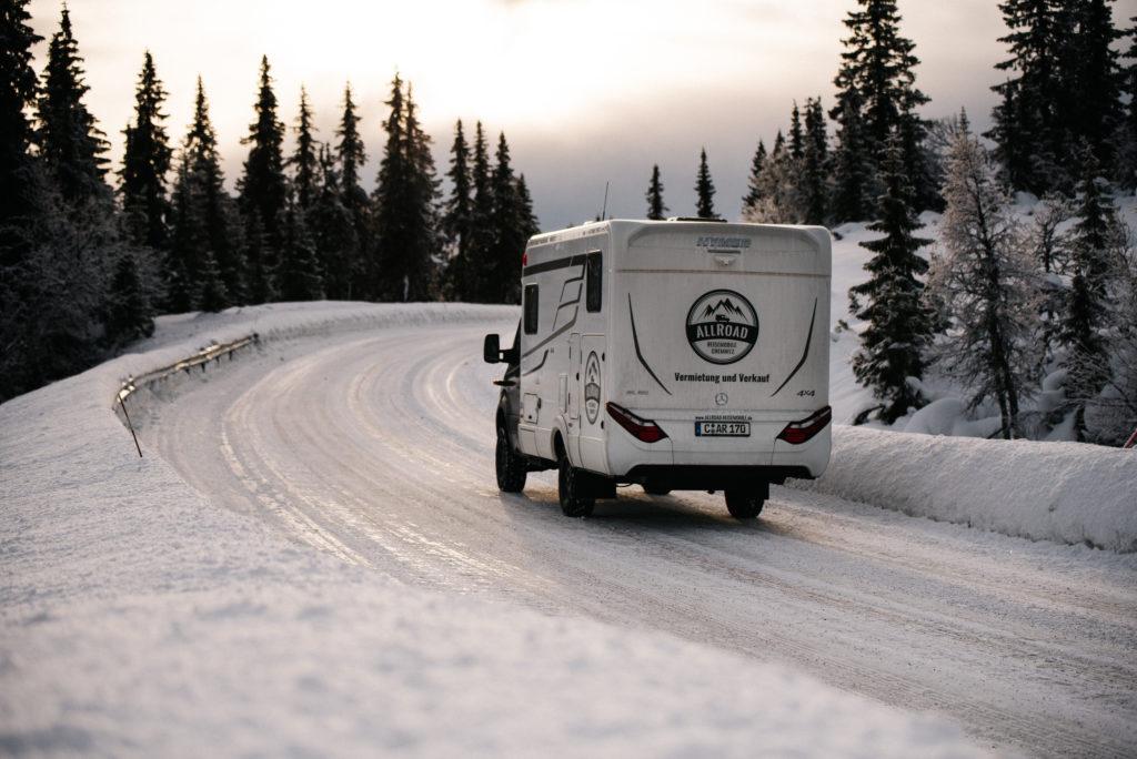 Winterfest und pistentauglich - der Hymer ML-T 580