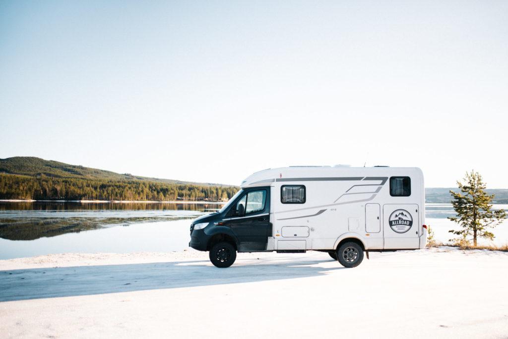 Winterlandschaft Norwegen mit den Wohnmobil erkunden