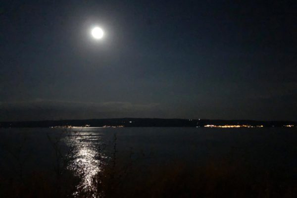 Vollmond am Meer in Split - Croatia