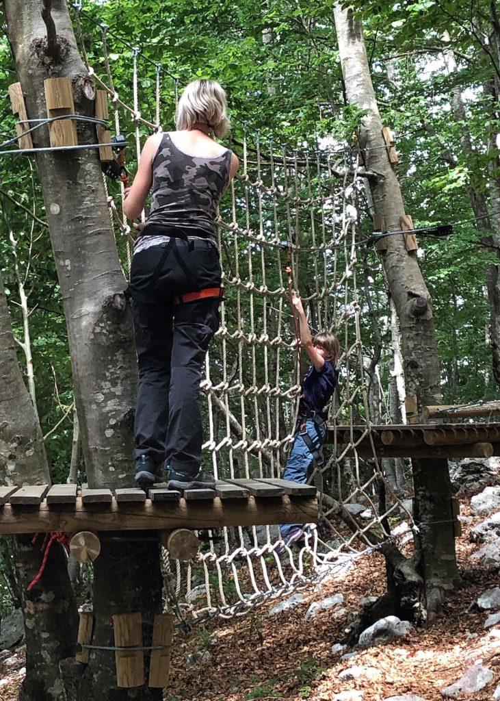 Klettern für Groß und Klein im VRBANJ Adventure Park nahe Herceg Novi