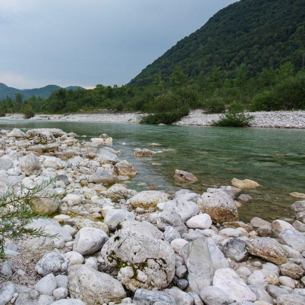 Die Soča ist einer der schönsten Flüsse im Triglav Nationalpark