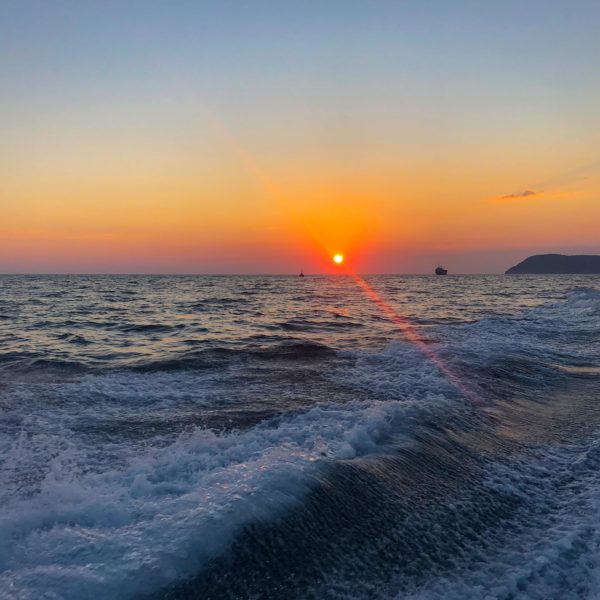 Rückfahrt mit wunderbarem Sonnenuntergang auf der Yacht von Michael Bader