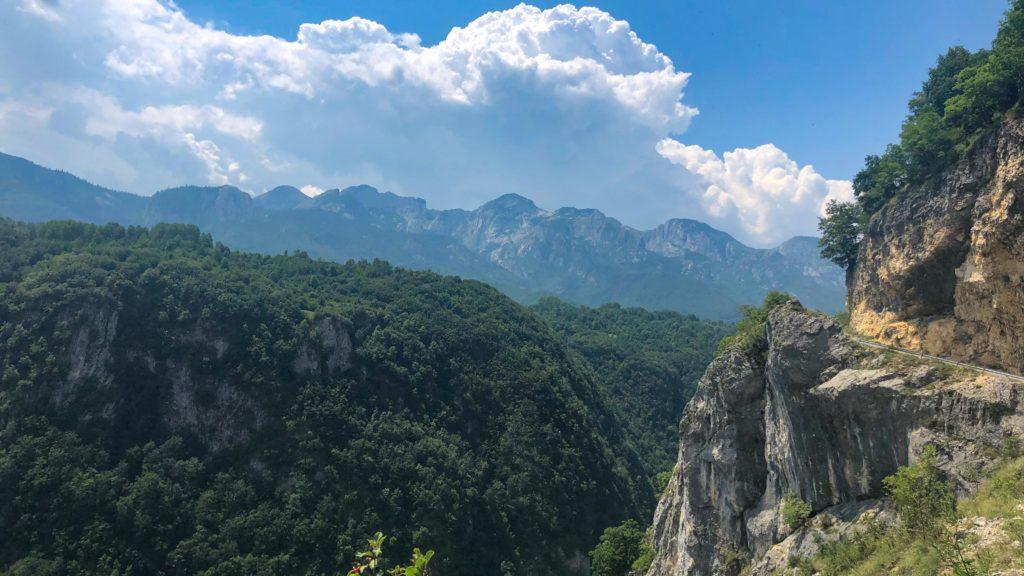 Entlang am Nevidio Canyon in Montnegro